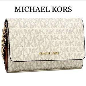 MICHAEL KORS MEDIUM MULTIFUNCTION PHONE XBODY
